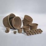 Vasi biodegradabili in fibra di cocco.