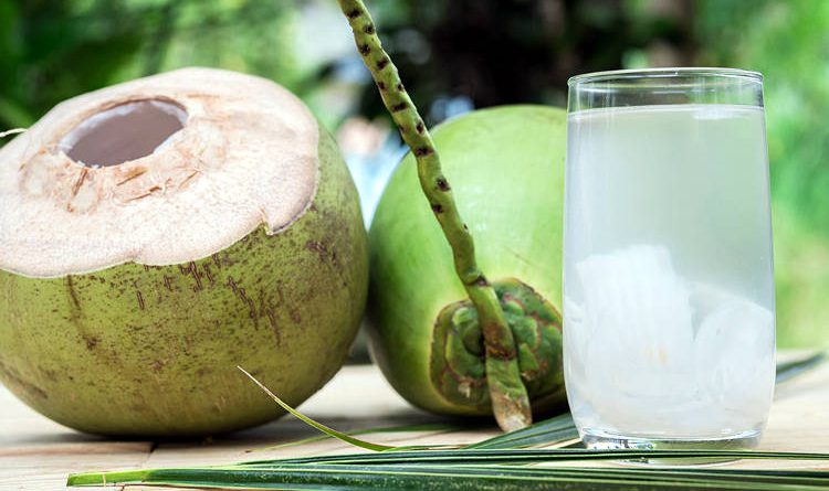 Acqua di cocco.