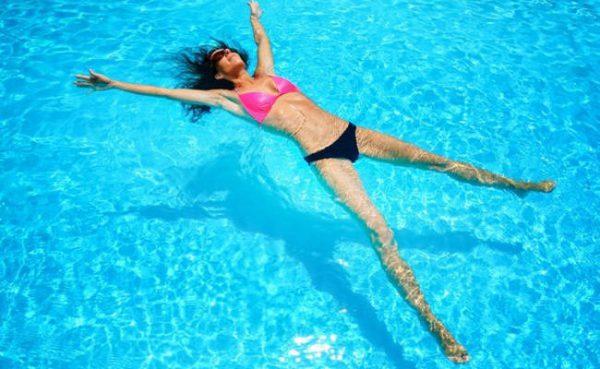 Il nuoto è positivo anche per la mente.